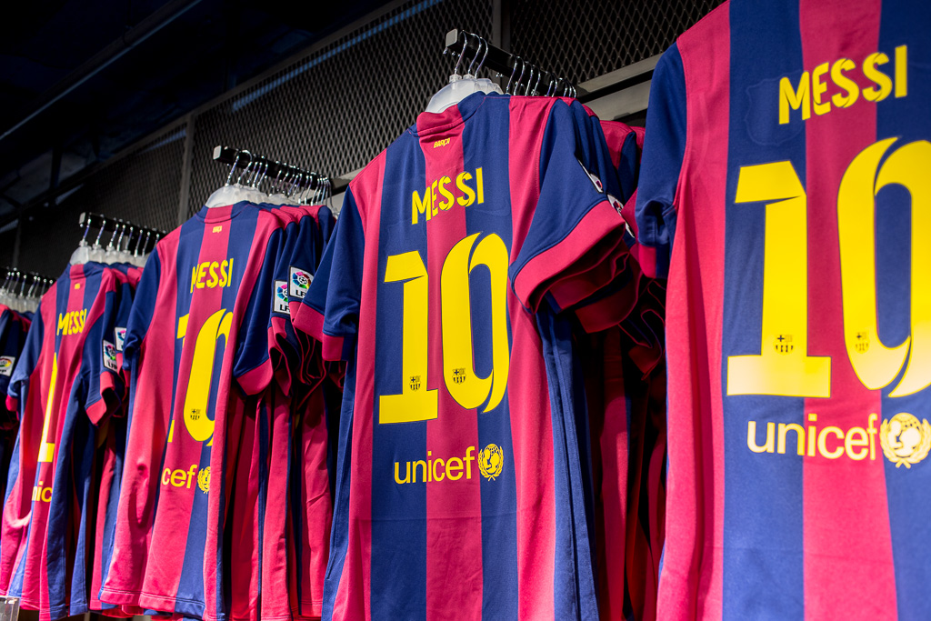 Köp Messi-tröja i FC Barcelonas butik