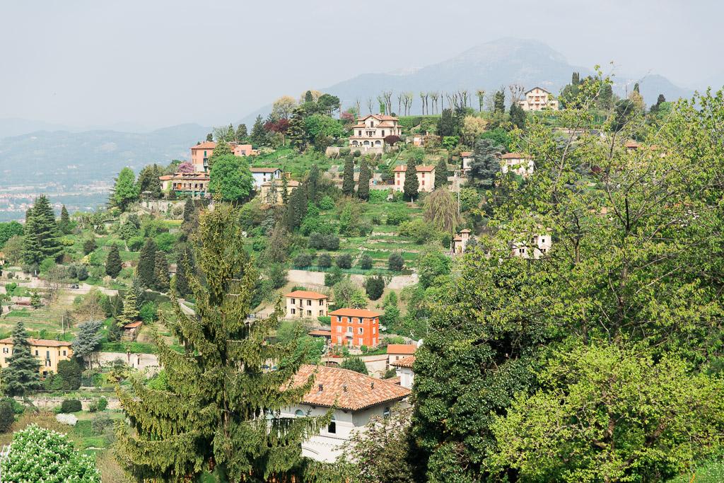 Villor på berget San Vigilio, Bergamo
