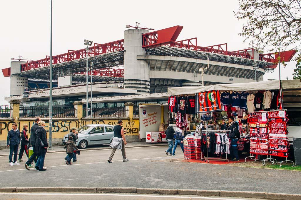 Fotboll San Siro, Giuseppe Meazza-stadion