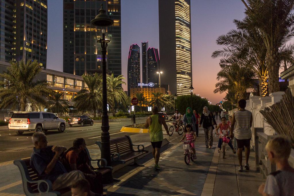 Corniche, strandpromenad Abu Dhabi