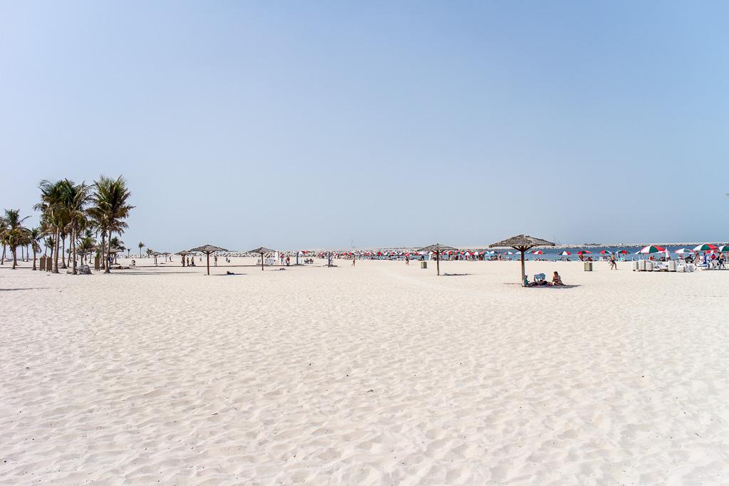 Al Mamzar Beach Park strand i Dubai