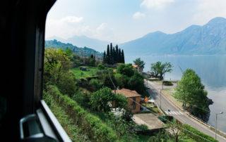 Utsikt över comosjön från tåget