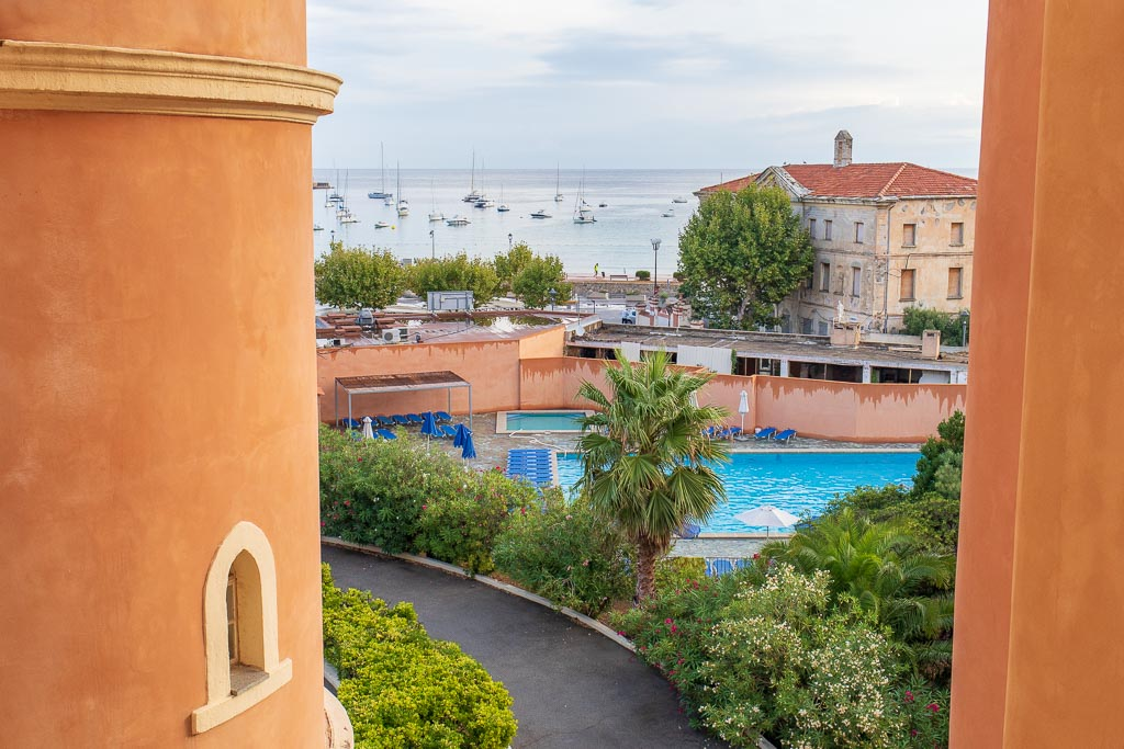 Hotell Napolen Bonaparte, L'Ile Rousse, Korsika