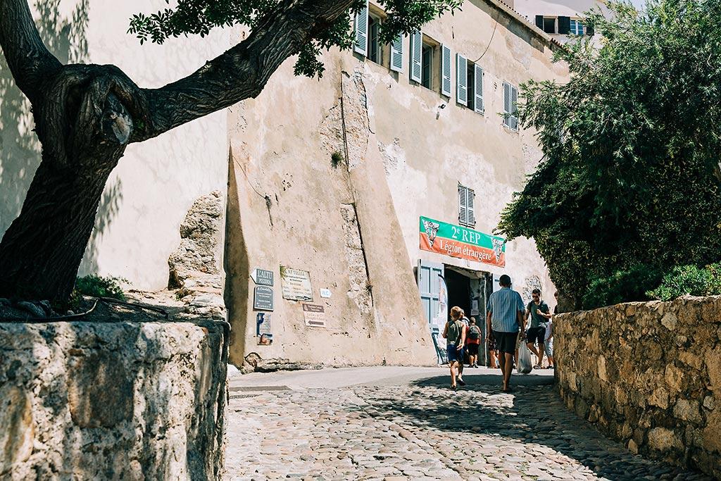 Främlingslegionen i Calvi, Korsika