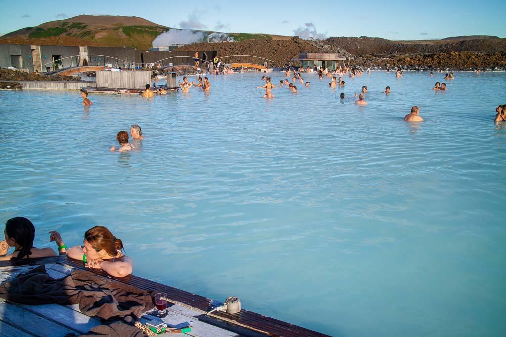 Turkost vatten i Blå lagunen