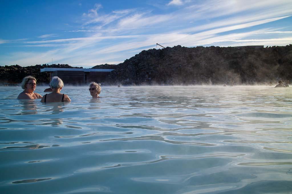36-39 grader varmt vatten i Blå lagunen