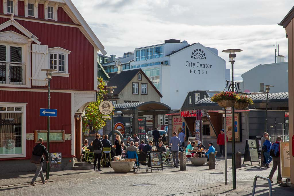 Uteservering i centrala Reykjavik