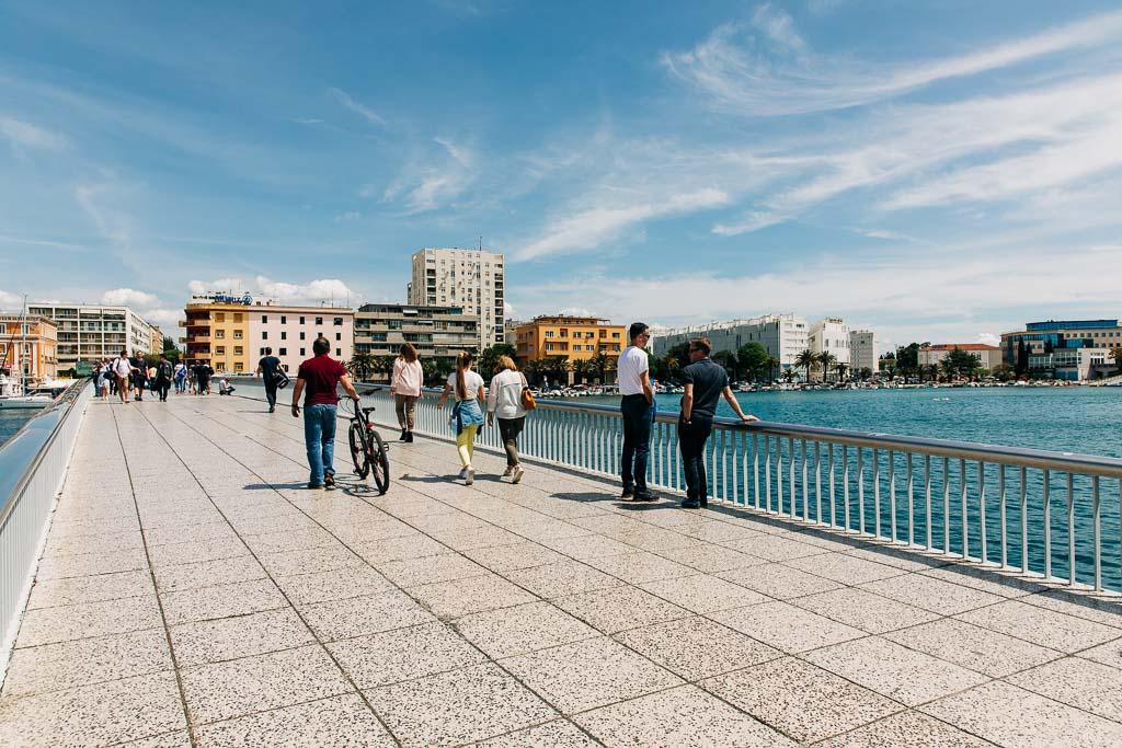 Bro mellan nya och gamla Zadar